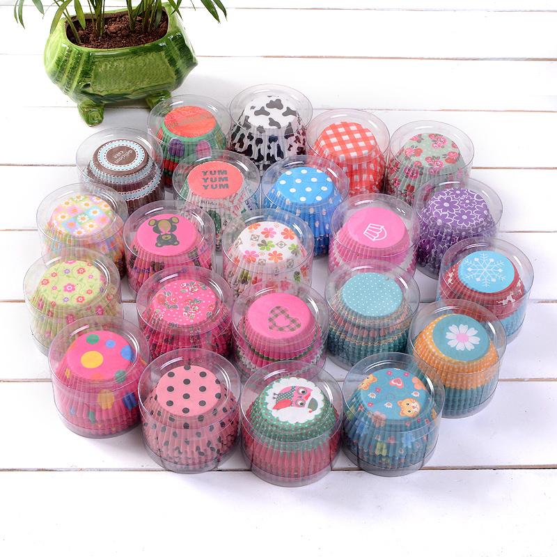 100pcs/set Christmas Wedding Beautiful Design Greaseproof Paper Cupcake Cases(China (Mainland))