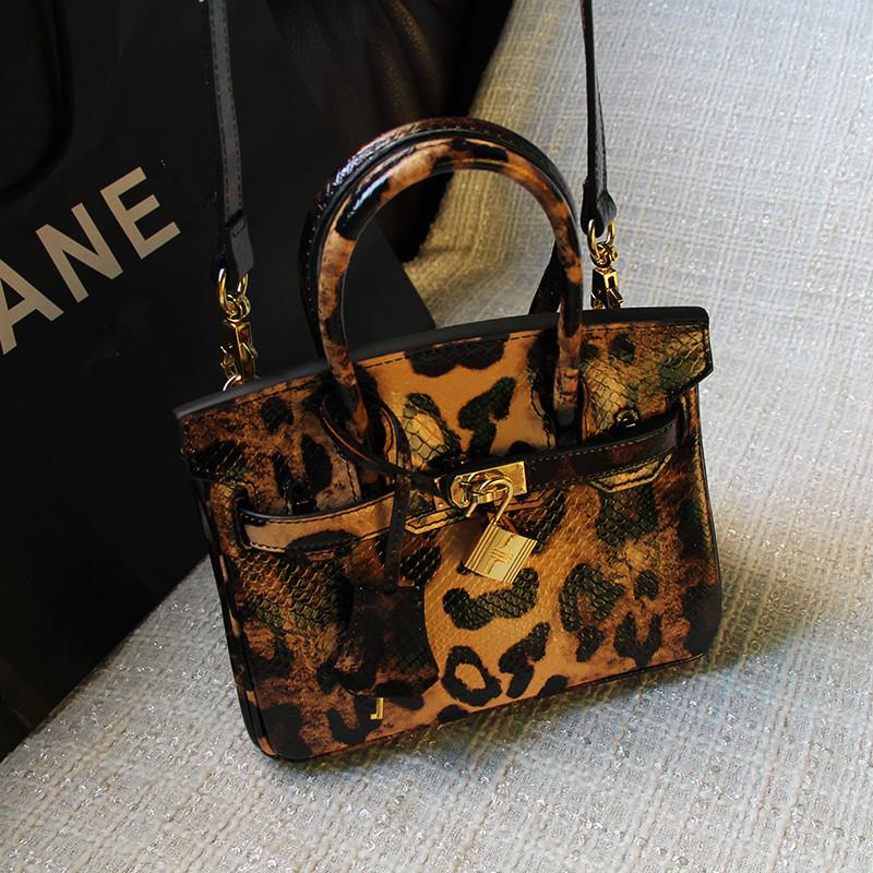Woman New Style Serpentine Platinum Bag Genuine Leather Handbag Vintage Women Bag Colorful Leopad Mini Tote Fashion Shoulder Bag<br><br>Aliexpress