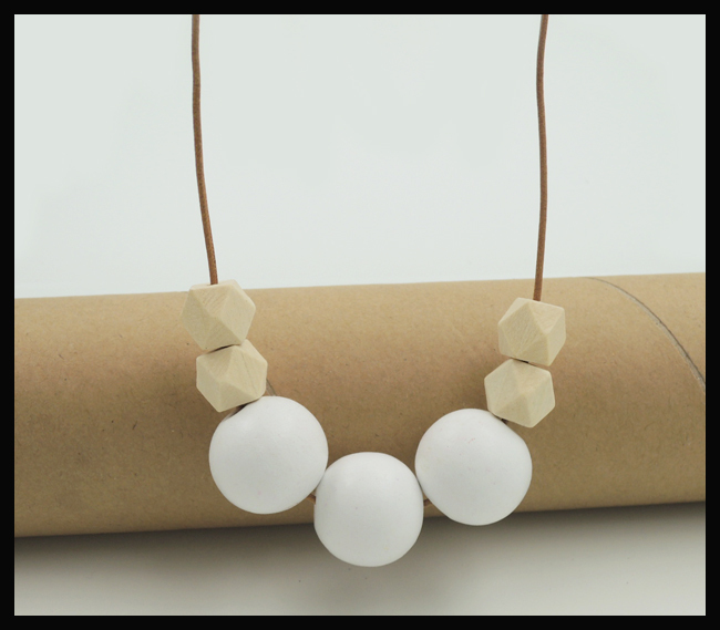 Chunky geometric necklace,snow white Wood Beaded jewelry Genuine leather boho chic necklace NW1893(China (Mainland))