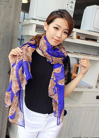 The joker of new fund of 2015 autumn winters is leopard print scarves South Korea silk chiffon scarves manufacturers wholesale(China (Mainland))