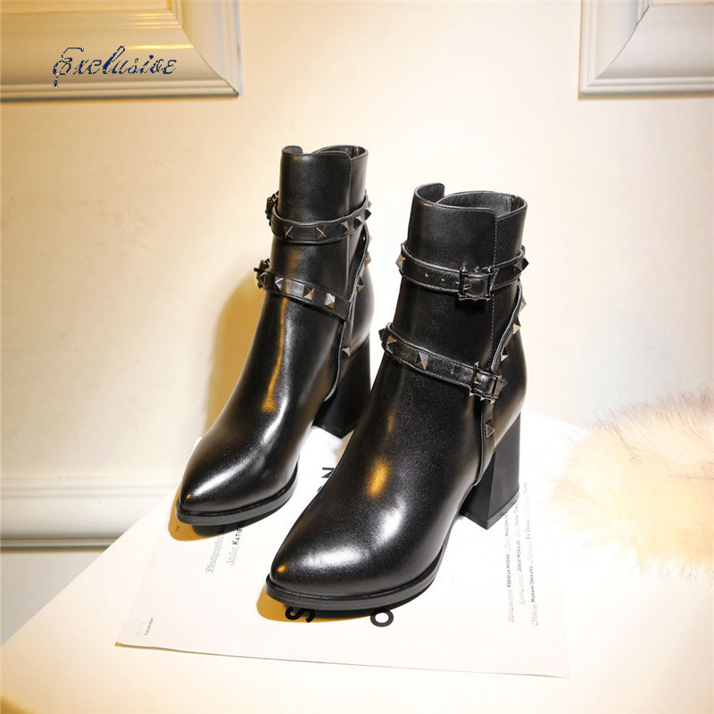 Woman Rivets Buckle Ankle Boots High Quality Cowhide Thick With Shoe Winter Short Plush Black Rivets Buckle Ankle Boot 33cm-42cm<br><br>Aliexpress
