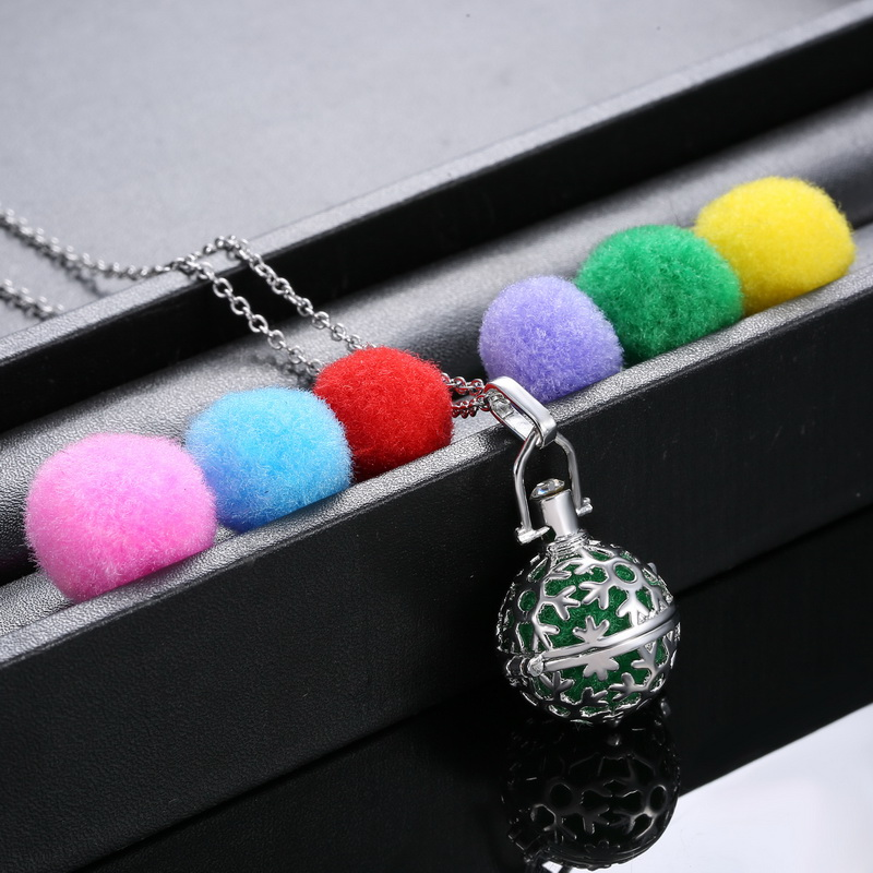 Women Perfume Fragrance Necklaces Flower Aromatherapy Locket Essential Oil Diffuser Necklaces & Pendants Women Jewelry(China (Mainland))
