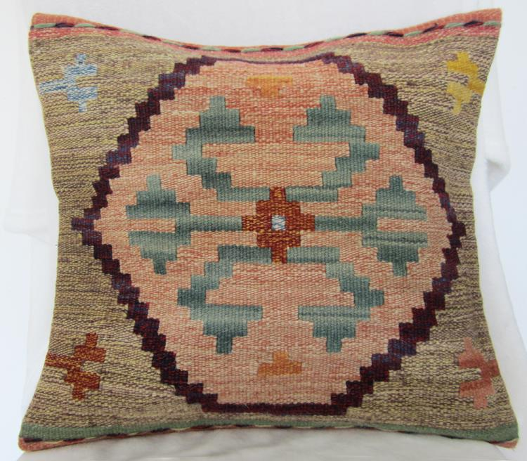 Kilim hand woven wool pillow exotic ethnic cushions luxury villas decorated in American country model