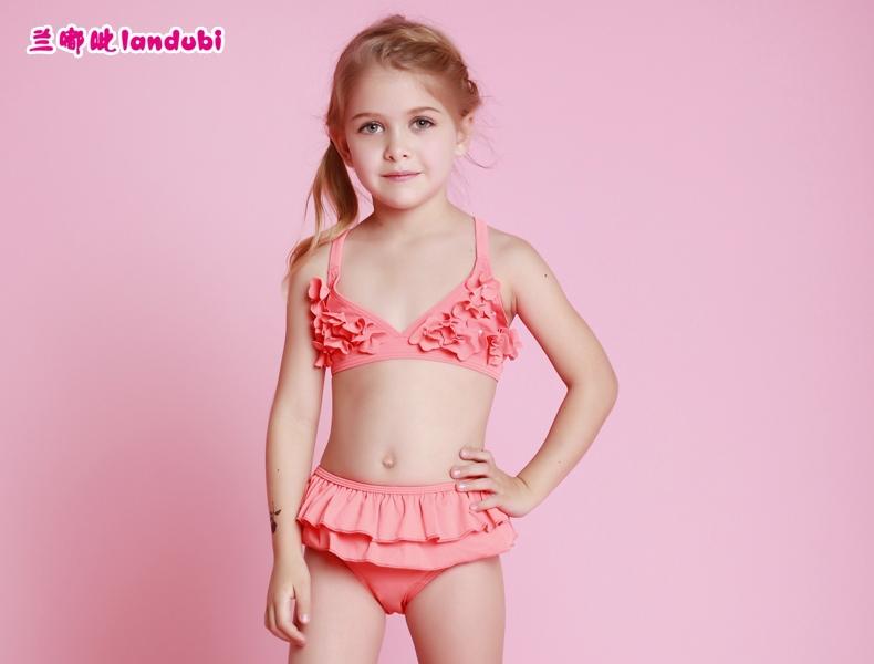 Something litle bikini young girls would you