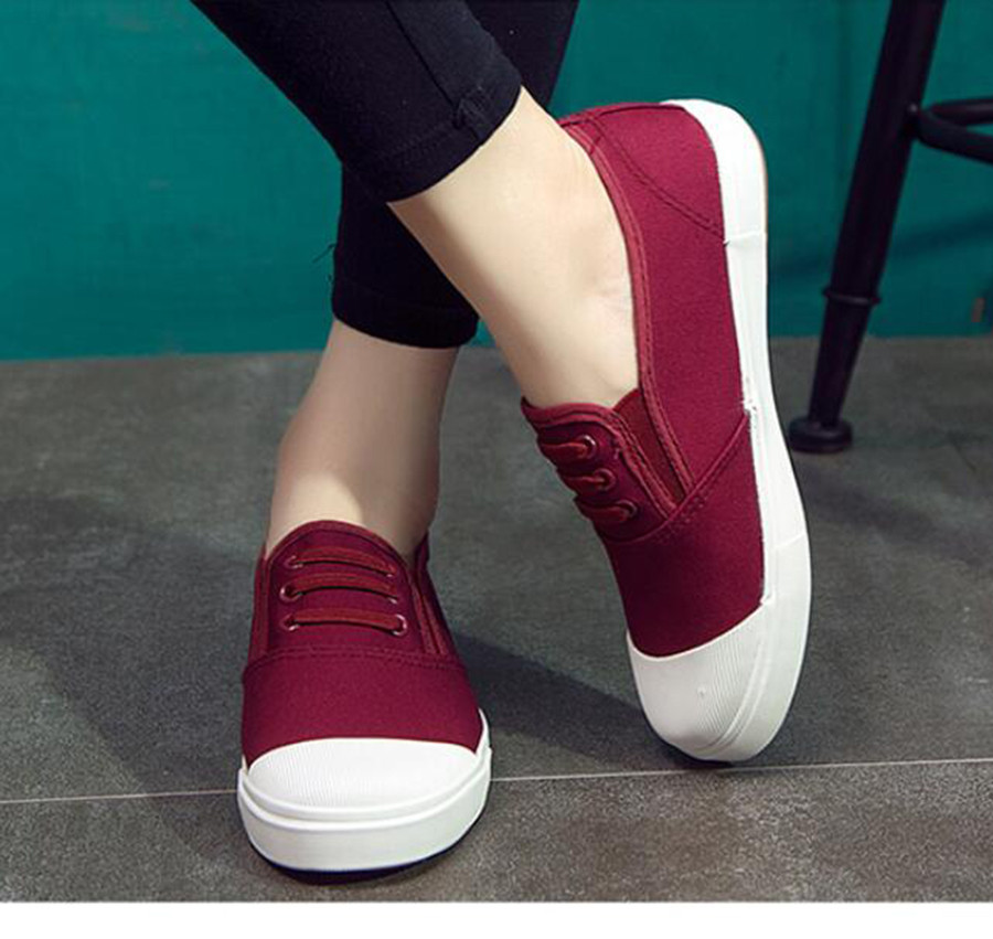 Flat-bottomed canvas shoes female 2017 summer Breathable Outdoor Women Shoe new simple candy color shallow outdoor loafers