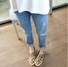 Plus Size Loose Light Destressed Boyfriend Jeans for Women Fashion Ripped Holes Harem Pants Jeans Slim vintage Ripped Jeans