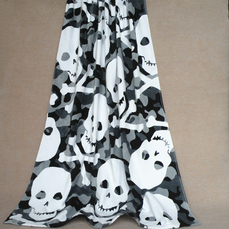 Skull Pattern non mainstream activity of black and white printing cool and biggest beach towel in the world super soft cotton(China (Mainland))