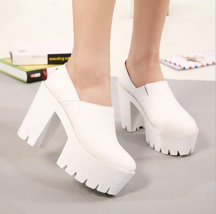 Mujeres atractivas de los altos talones de los zapatos blancos zapatos de plataforma negro bombas sy