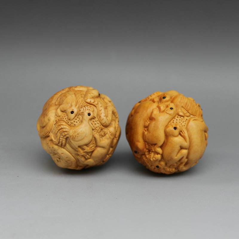Wholesale boxwood carving wood handball ball