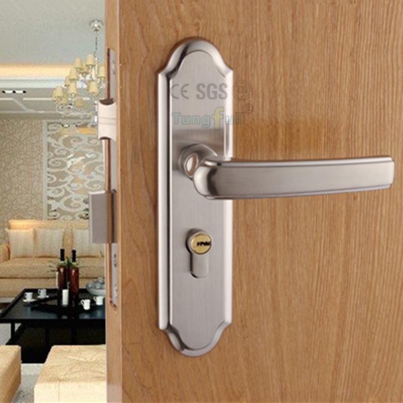 achetez en gros portes en bois design en ligne des grossistes portes en bois design chinois. Black Bedroom Furniture Sets. Home Design Ideas