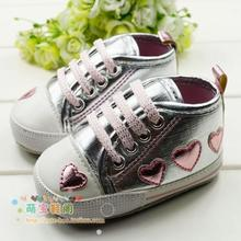 Silver/pink Love Style Soft Baby Shoes Cute Female Baby Princess Shoes 3 size Choose(China (Mainland))