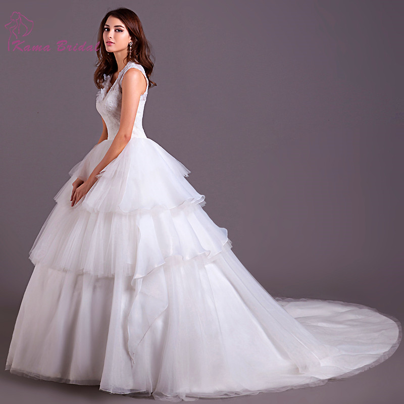Soft fine tulle puffy ball gown wedding dress 2016 kama for Very puffy wedding dresses
