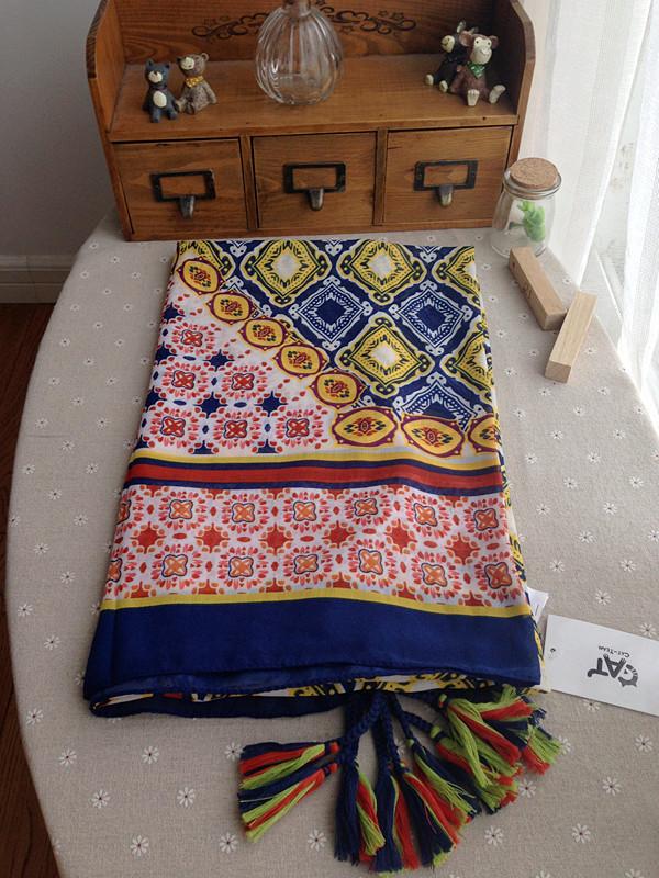 2015 New women's cotton print scarf ladies big size square fashional Tassels shawl scarves female Spring new(China (Mainland))
