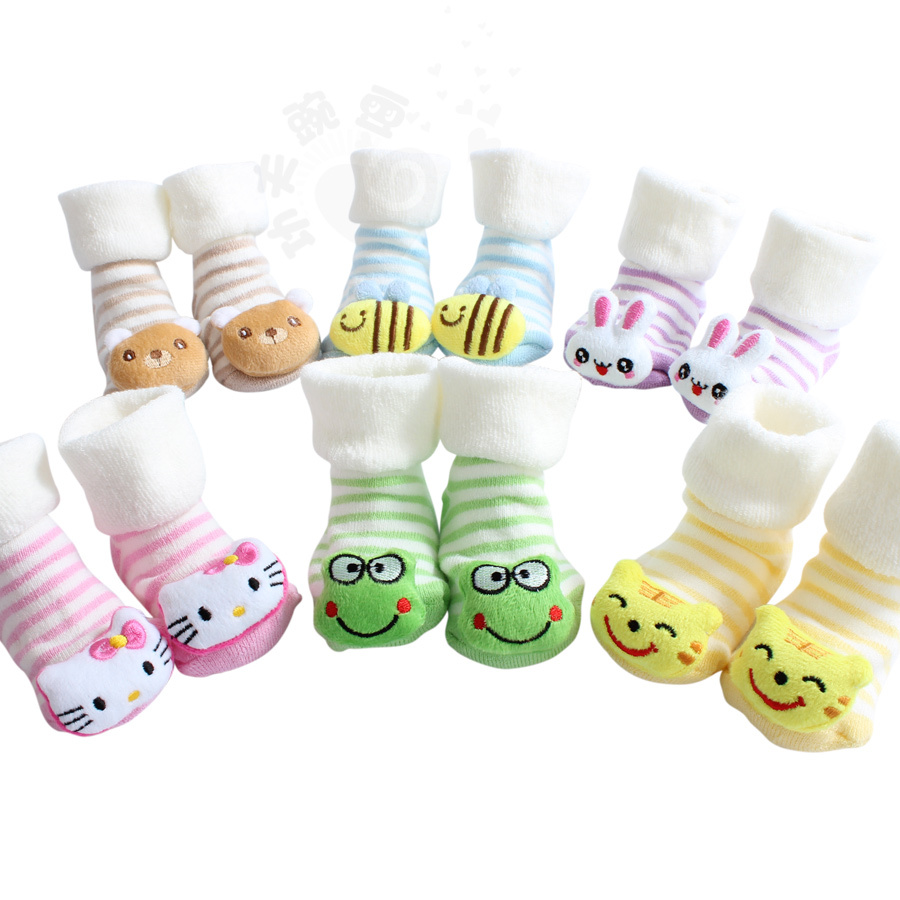 Thicken socks for new born baby 1-9 months,3D cartoon baby socks 7 colors cotton cute kids sock baby rattle socks B010(China (Mainland))