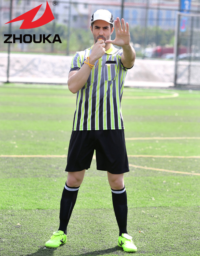 2016 popular Custom Referee Soccer uniform comfortable with Thai quality(China (Mainland))