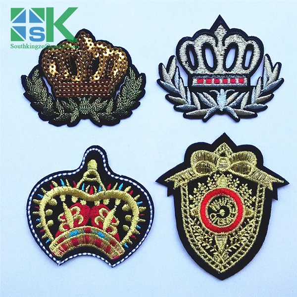 2016 Newest design 1 pcs Iron On Sew On Crown Design Classical Delicate Embroidered Patches Navy Collage Style(China (Mainland))