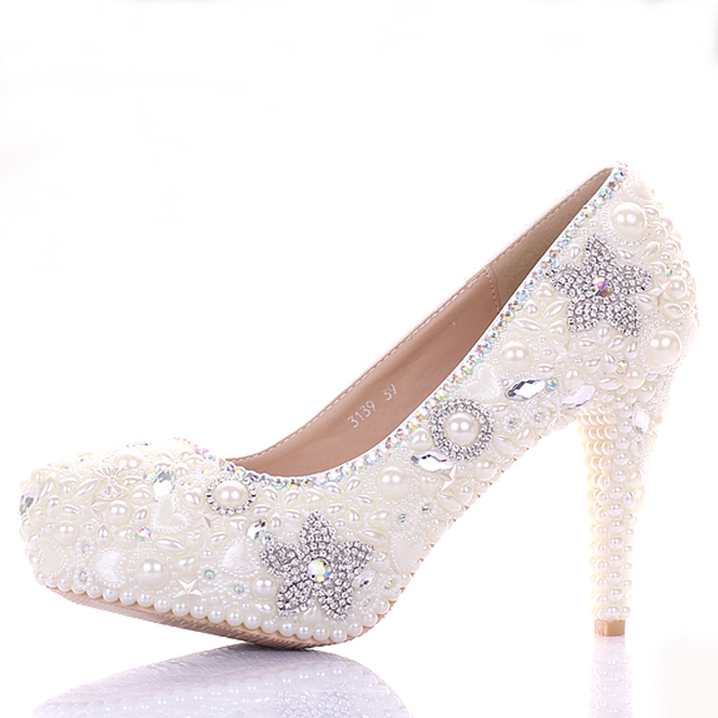 gorgeous ivory wedding dress shoes bling