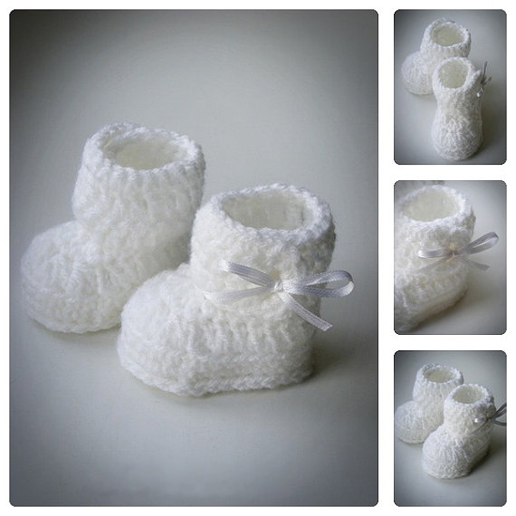 White Crochet Baby Booties with Bow,Crochet Baby Shoes,Newborn Infant Booties,Baptism Baby booties,Baby shower gift,choose sizes(China (Mainland))