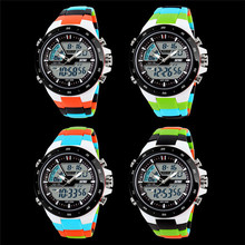 New Digital Sports Watches Men Quartz LED Casual And Fashion Watch Fashion Light Dive Men And
