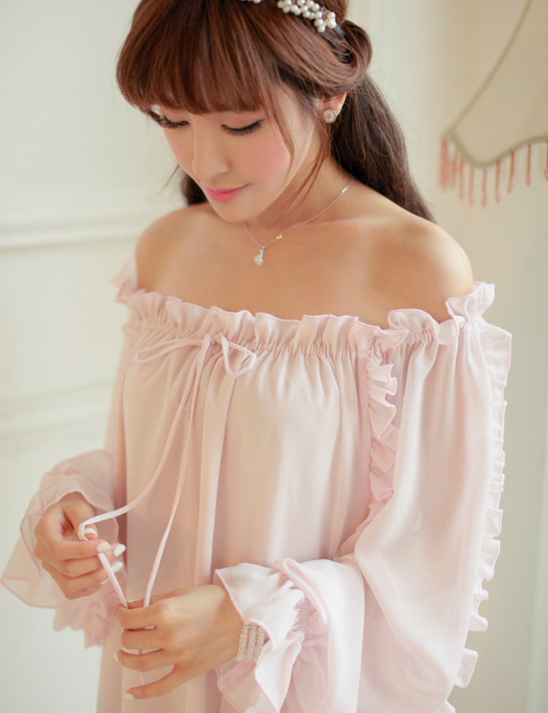 Free Shipping Chiffon Nightgown Womens Long Pijamas Two Color Princess Sleepwear Pink and White Nightshirt Long RobeОдежда и ак�е��уары<br><br><br>Aliexpress