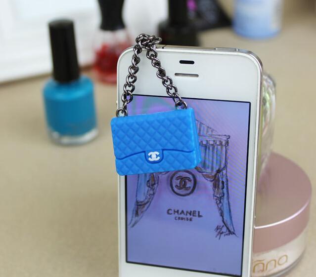 100pcs New fashion Kpop Designer Brand Women Bag Ear Jack Anti Dust Plug for Cell Phone/Handbag earphones Cap Hot(China (Mainland))