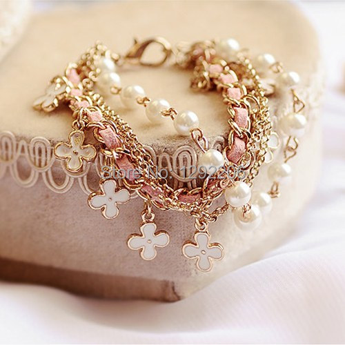 Fashion Korean Style White Pearl Clover Bracelet Leather Rope Bracelet Jewelry hot sales in 2013 for girls KSUxVt(China (Mainland))