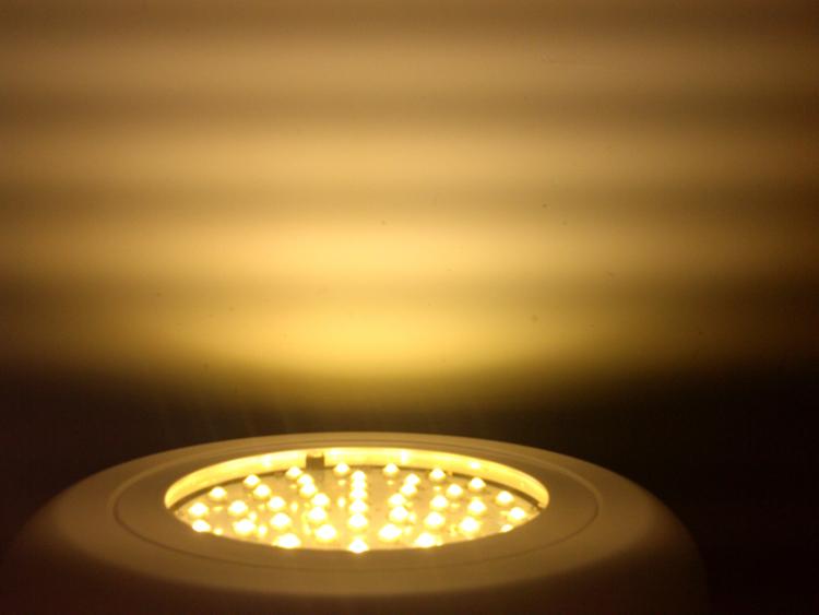 135W UFO warm white 3000-3500K LED 45Leds Plant Grow Light Hydroponic Lighthouse Flowering<br><br>Aliexpress