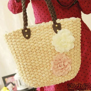 hot selling 2014 gentlewomen flower straw bag straw bag woven bag beach bag for free shipping(China (Mainland))
