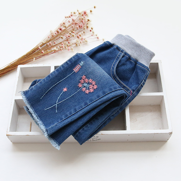 New Arrival Baby Girls Casual Denim Jeans Girls Embroidery-flower Jeans Kids Spring Autumn Jeans Kids High Quality Long Pants(China (Mainland))