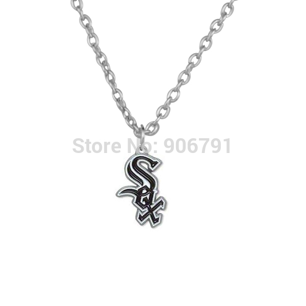 50pcs a lot alloy rhodium plated enamel Chicago White Sox team logo pendant MLB sports necklaces(China (Mainland))