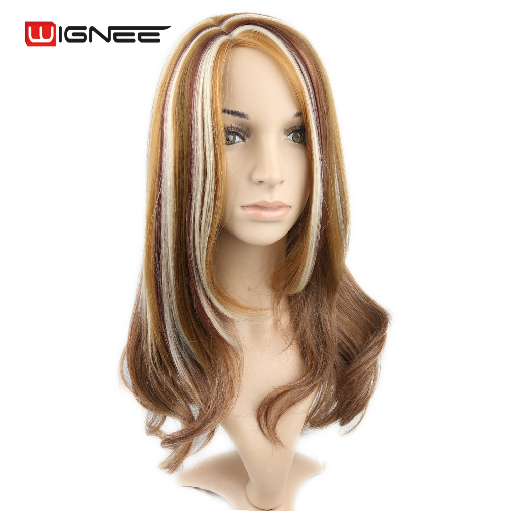 Katie Price39s Blonde Hairstyle With Chunky Light Brown Of