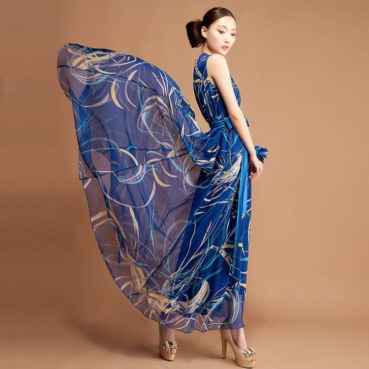 The new spring and summer 2015 fashion dress size thin dress Couture summer holiday stamp in Europe(China (Mainland))