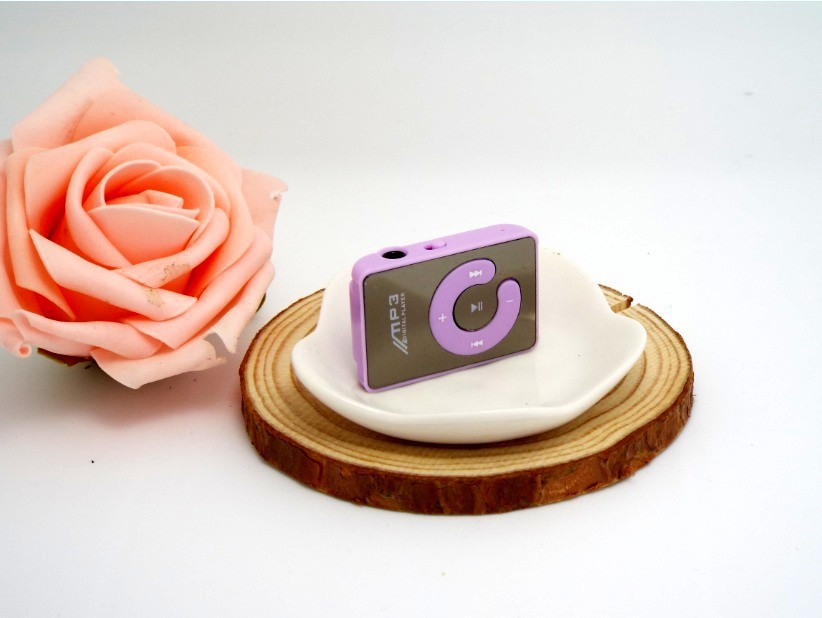 Hot selling Small clip mp3 belt mirror screen card Mini clip mp3 player memories of the