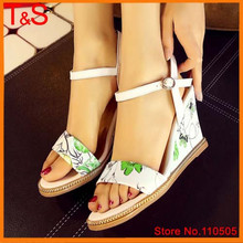 Discount Brand Ethnic Lady's Sandals Open Toe Genuine Real Leather Party High Heel Wedges Female Print Chains Red Shoes C804(China (Mainland))