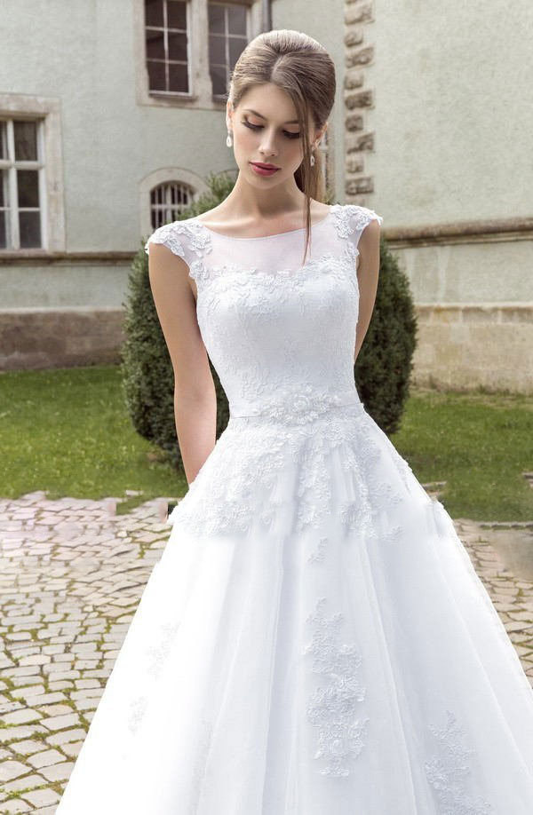 Achat robe mariage en ligne for Nous robes de mariage en ligne