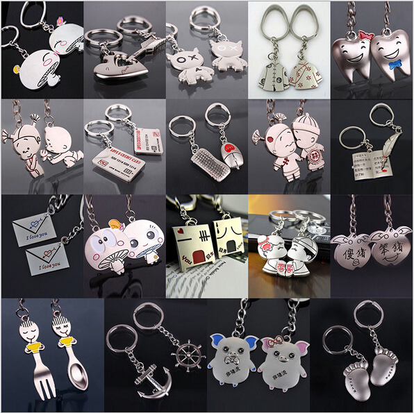 1 pair Creative couple keychain for keys Cartoon car key chain Ring holder Valentines Birthday Gifts for men lovers keyring 2015(China (Mainland))