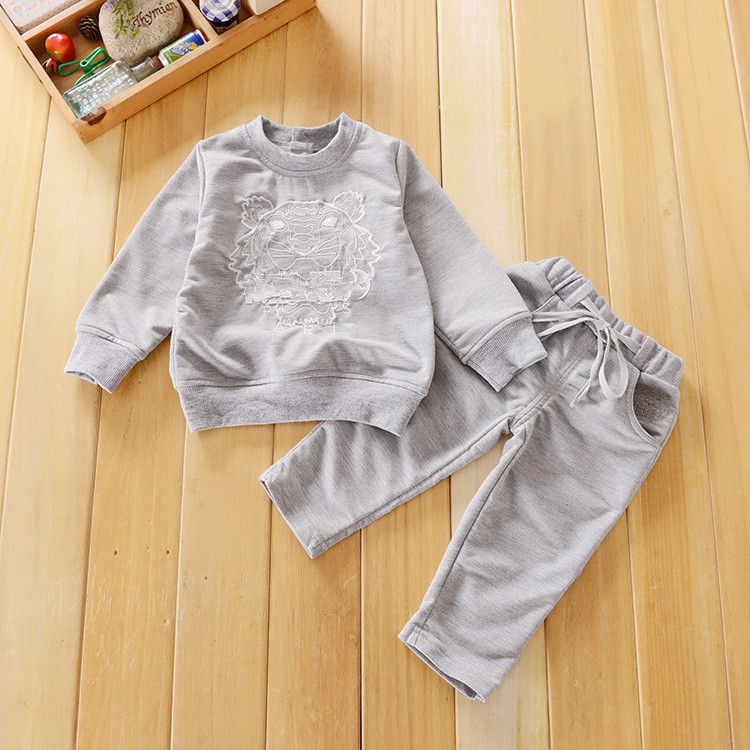 New 2016 Spring Toddler's Casual Clothing Set Children Boys Girls Sports Suit Kids Tracksuits(China (Mainland))