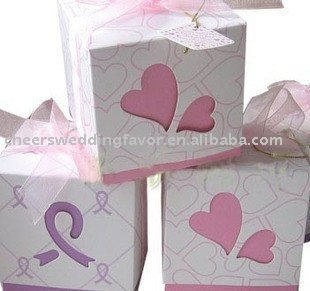 We supply wedding Favor boxes(pink and violet) in good quality and best price(China (Mainland))