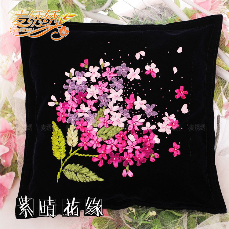 The new Ribbon Embroidery wedding car cushion pillow high-grade non cross stitch flannel printing 3D novice(China (Mainland))