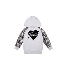 2015 New fashion girls hoodie jackets cotton leopard long sleeved kids heart printed sweatshirt for children casual tops(China (Mainland))