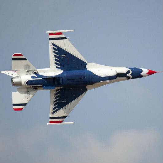 16 thunderbirds 5 plane - photo #5