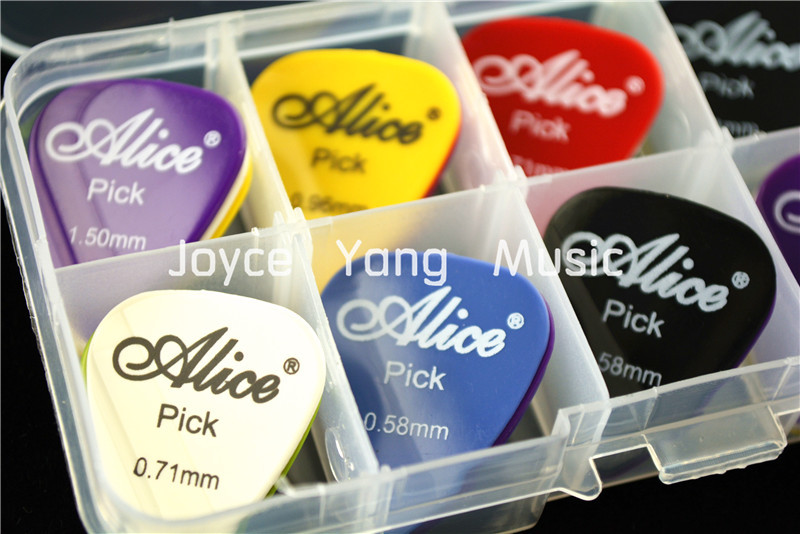 30pcs Alice Smooth Nylon Acoustic Electric Guitar Picks Plectrums+1 Plastic Picks Box Case Free Shipping(China (Mainland))
