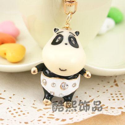 Фотография Kung Fu Panda Cute hee jewelry cool Car Keychain Handbag Pendant diamond Keychain male waist hanging creative essence