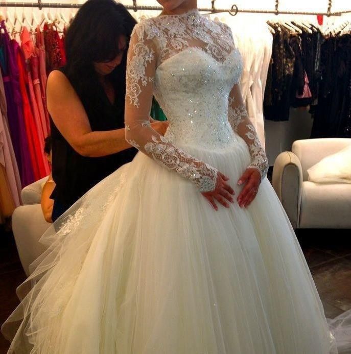 Newest 2017 Long Sleeve Wedding Dress Ball Gown High Neck Wedding Dresses 2016 Robe De Mariage Romantic Wedding Gowns(China (Mainland))