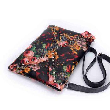 2015 оптовая продажа нью-панк маслом клатч заклепки день клатч конверт на ремне cross body женская сумочка
