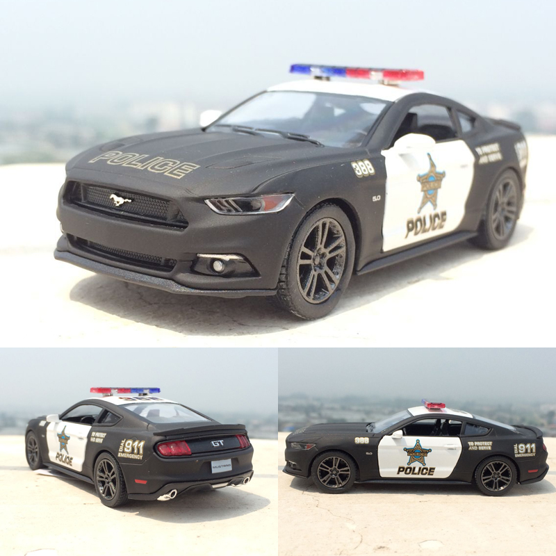 Brand New 1:38 Ford 2006 Mustang GT Police Alloy Diecast Model Car Pull Back Vehicle Toy Collection As Gift For Boy Children(China (Mainland))