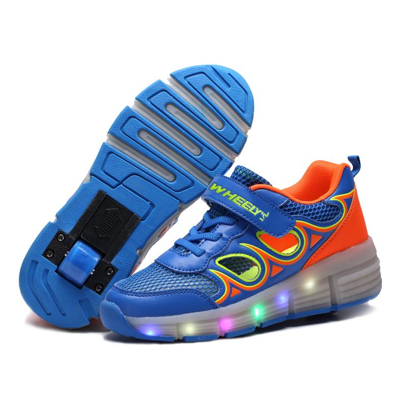 Kid Shoe Has Roller