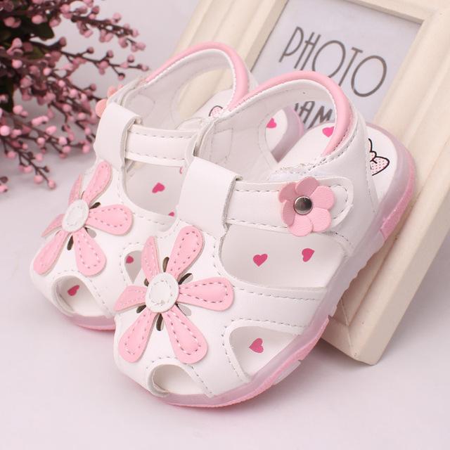 2016 LED 0 до 2 лет ребенок свет обувь девочек сандалии летние дети обувь цветы принцесса ...