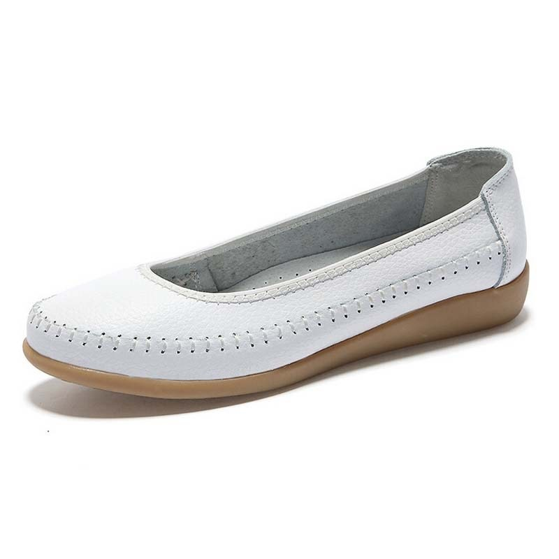 Ladies Ballet Flats Genuine Leather Shoes Woman Moccasins Slip-On Shoes Sapatos Femininos Nurse Shoes Flats Woman 1519(China (Mainland))