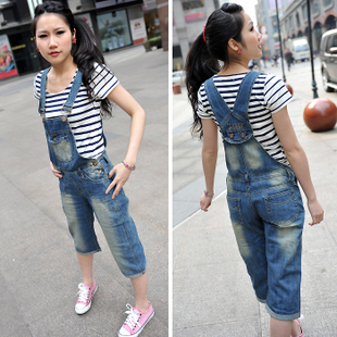 Denim bib pants female 2014 loose one piece spaghetti strap spring capris Jumpsuit Playsuit Dungarees Susp[enders Overalls(China (Mainland))